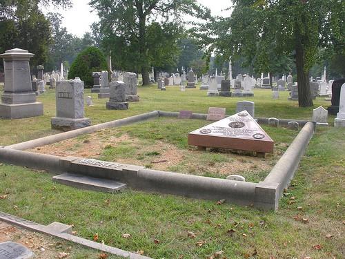 mackey grave