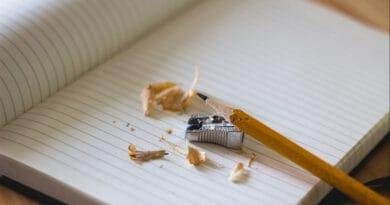 writing 35erdftguy