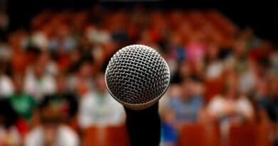public speaking 876tyrfgh