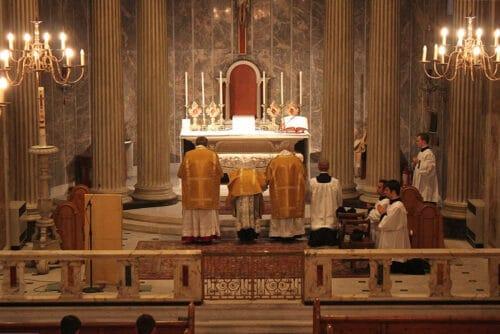 ritual catolico ter546tyghj