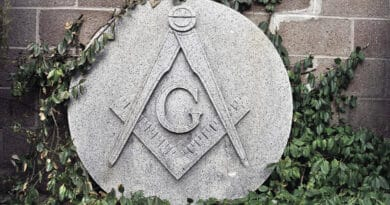 stone g 876tretyghj