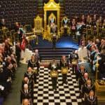 A Grande Loja Unida de Inglaterra (UGLE) consagrou a primeira loja para maçons jovens
