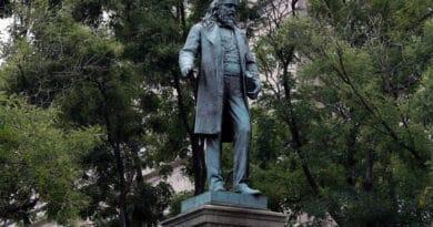 albert pike statue jkhg54tr