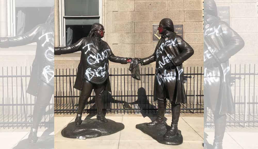 benjamin franklin george washington statue 3y56tr